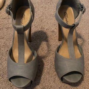 Gray T-Strap heels. SIZE 7